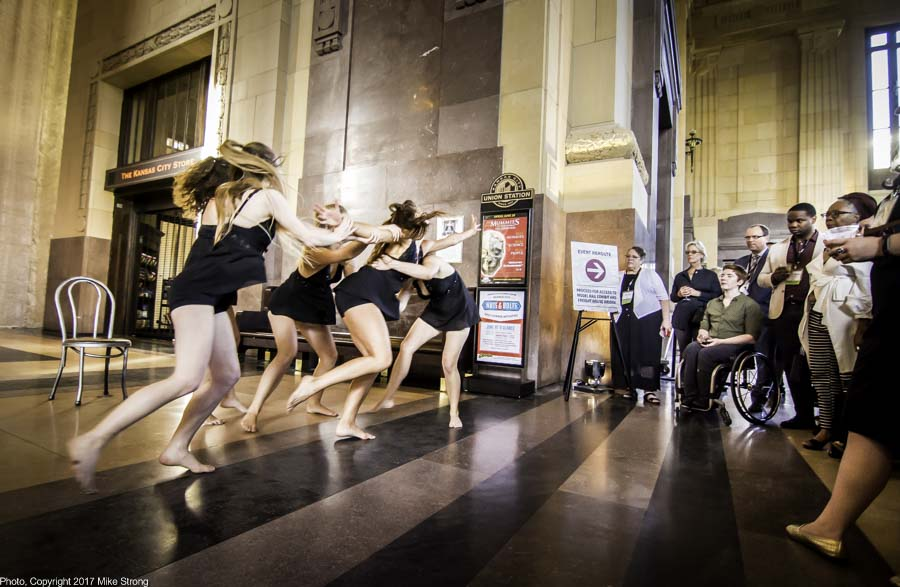 Seamless Dance Theatre, Inc. with a cocktail hour performance in Union Station