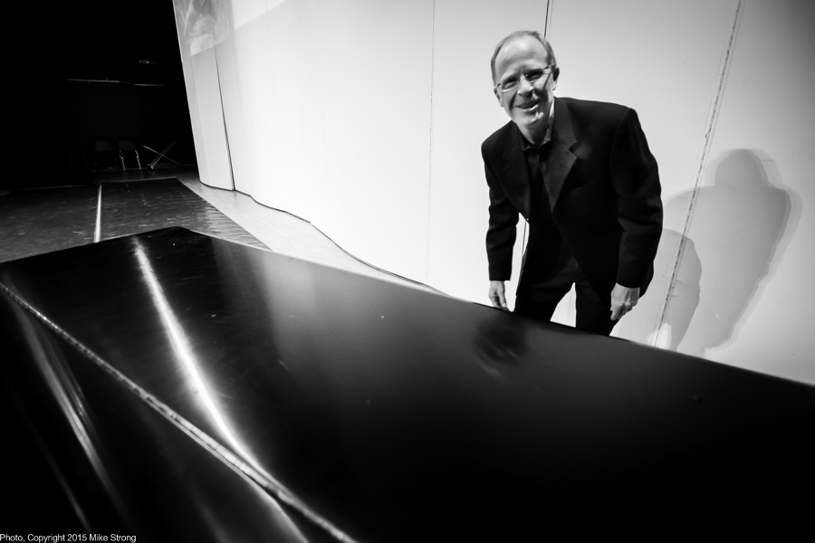 Pianist, Dr. Lee Thompson