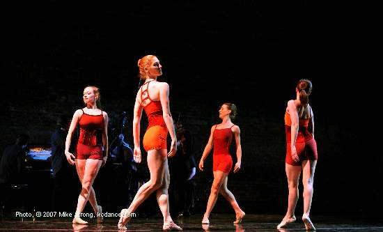 Lauren Fitzpatrick, Laura Jones, Jennifer Owen, Jennifer Tierney - in Fuga Tanguera by Jennifer Owen at A Modern Night at the Folly (by City in Motion) photo by Mike Strong - www.kcdance.com