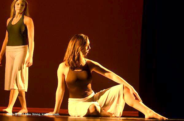 (L-R) Michaela Sherman, Ashley Trullinger in Back To You - Choreographer: Justin Hundley - Modern Night at the Folly 2011