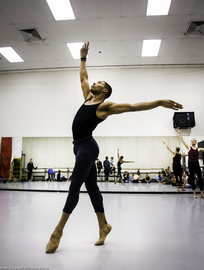 DaJuan Johnson in Studio reheasal: Henriks Christine Nissen Opus 40 by Gregory Dawson