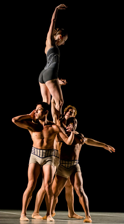 And the lift on stage - Lift in studio - and see below - Jennifer Tierney on top Byran Roman II, Trystan Merrick and Winston Dynamite Brown